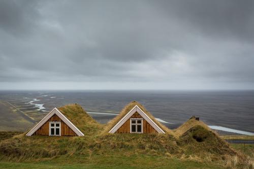 Iceland, Turf House, Sander, Sel